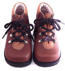 A-491 - Brown Hiker Boots - Euro 20 Size 4-4.5