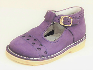 A-606 - Purple High Tops - Euro 19 Size 4