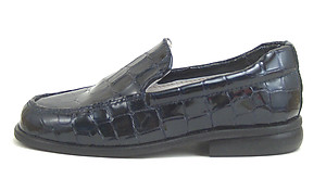 FARO B-6024 - Navy Faux Croc Loafers