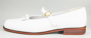B-6121 - White Bow Mary Janes - Euro 36 Size 5