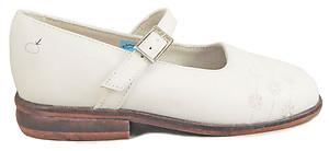 B-6322 - White Embroidered Dress Shoes - Euro 26 Size 9