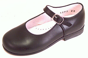 F-4277 - Classic Black Mary Janes