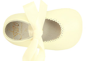 PR-229 - Ivory Dress Pram Shoes