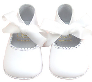 PR-229 - White Ribbon Pram Shoes