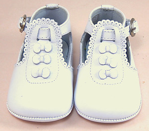 PR-233 - White Bow Crib Shoes - Euro 15 Size 0
