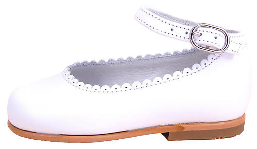 A-302 - White Dress Anklestraps - Euro 23 Size 6-6.5