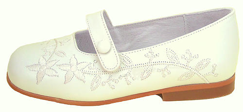 B-6483 F - Ivory Embroidered Dress Shoes - EU 26 Sz 9