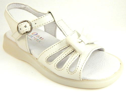 B-7420 - Ivory Bow Sandals - Euro 25 Size 8